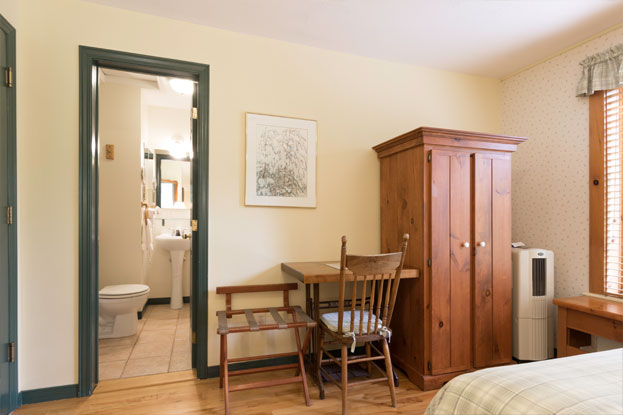 Auberge-Le-Lupin-chambre-2-3