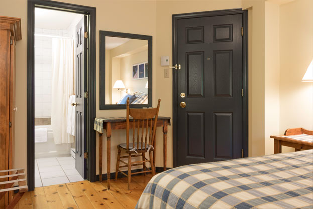 Auberge-Le-Lupin-chambre-9-2